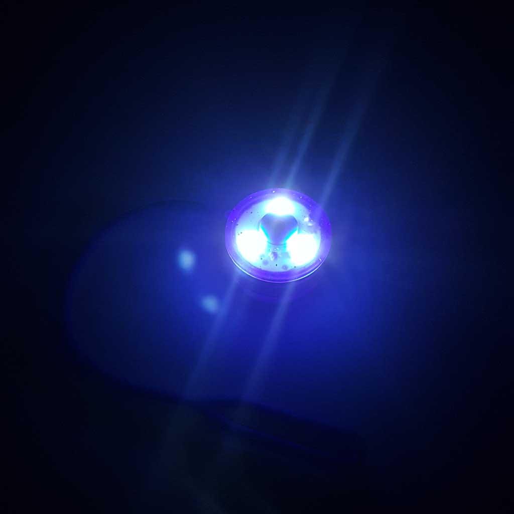 Vreckové LED svetlo na tašku, mix farieb