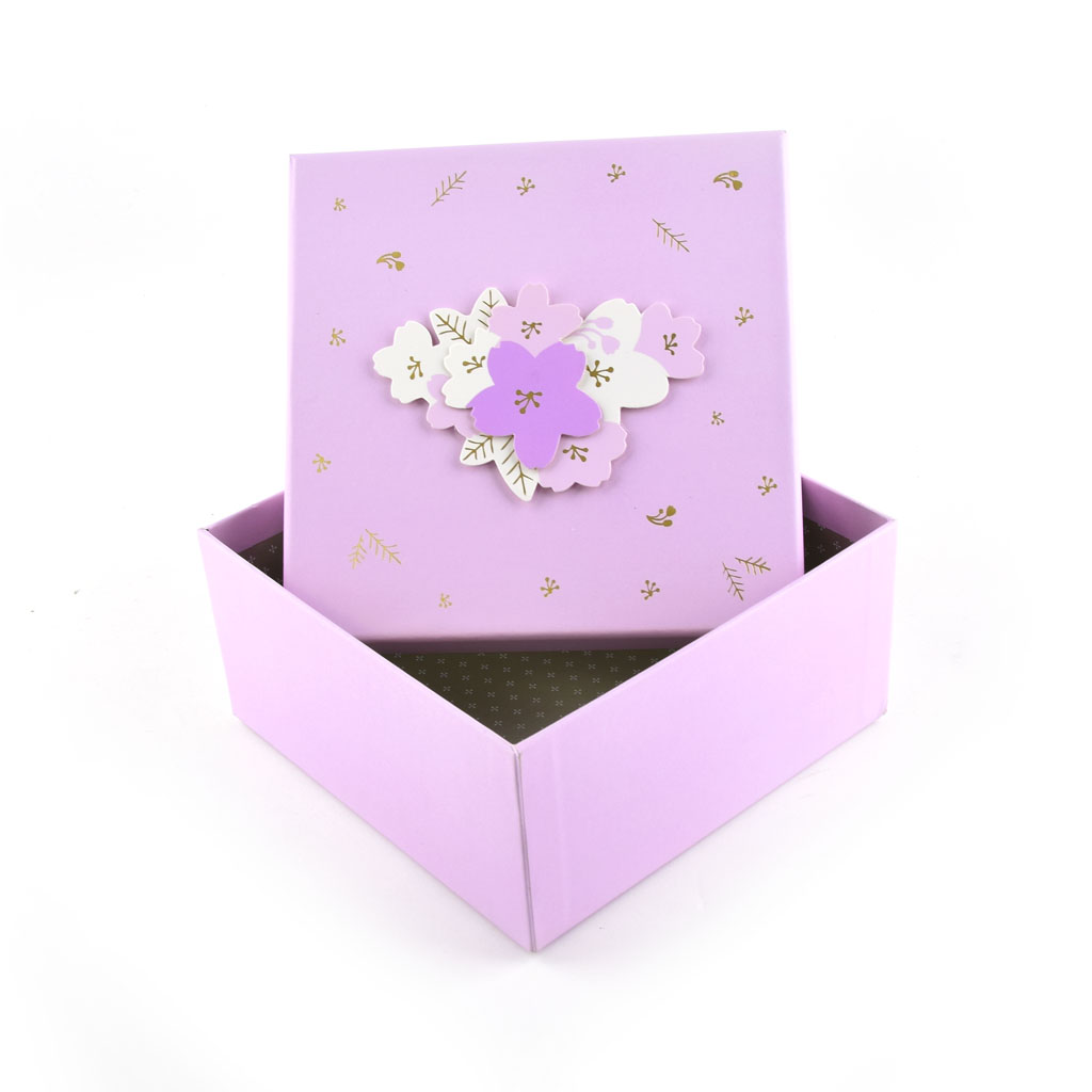 Papierová krabica 18x18x9 cm, ružová s kvetmi