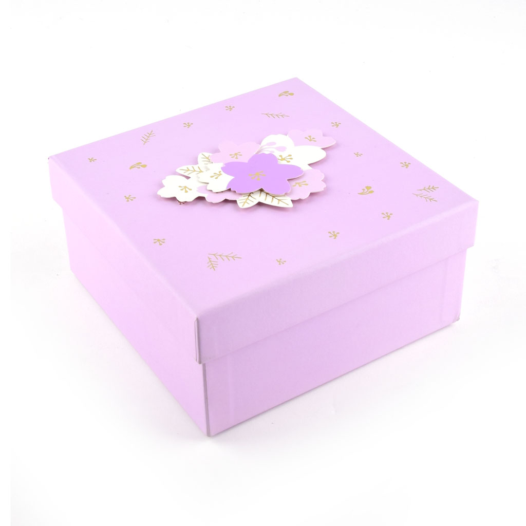 Papierová krabica 22x22x10 cm, ružová s kvetmi