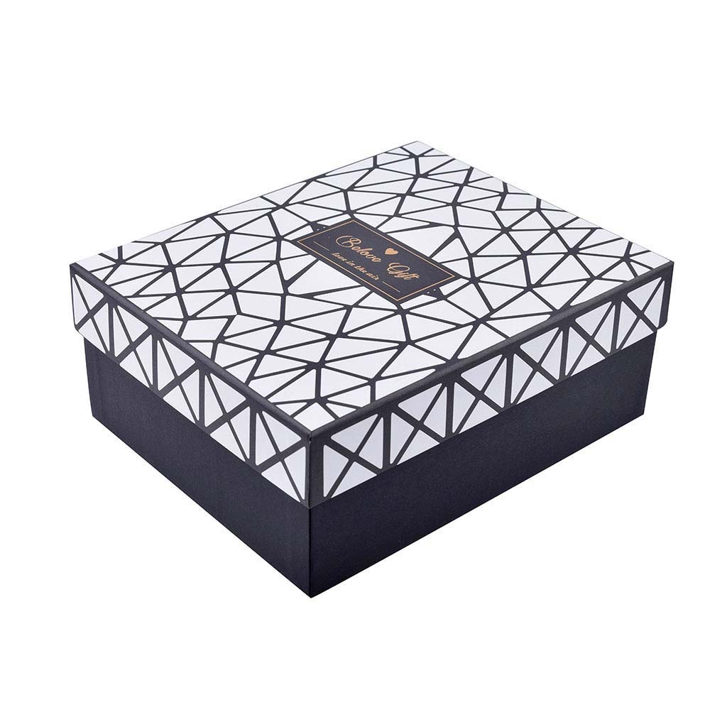 Papierová krabica 22x18x9,5 cm, čierna s bielymi trojuholníkmi