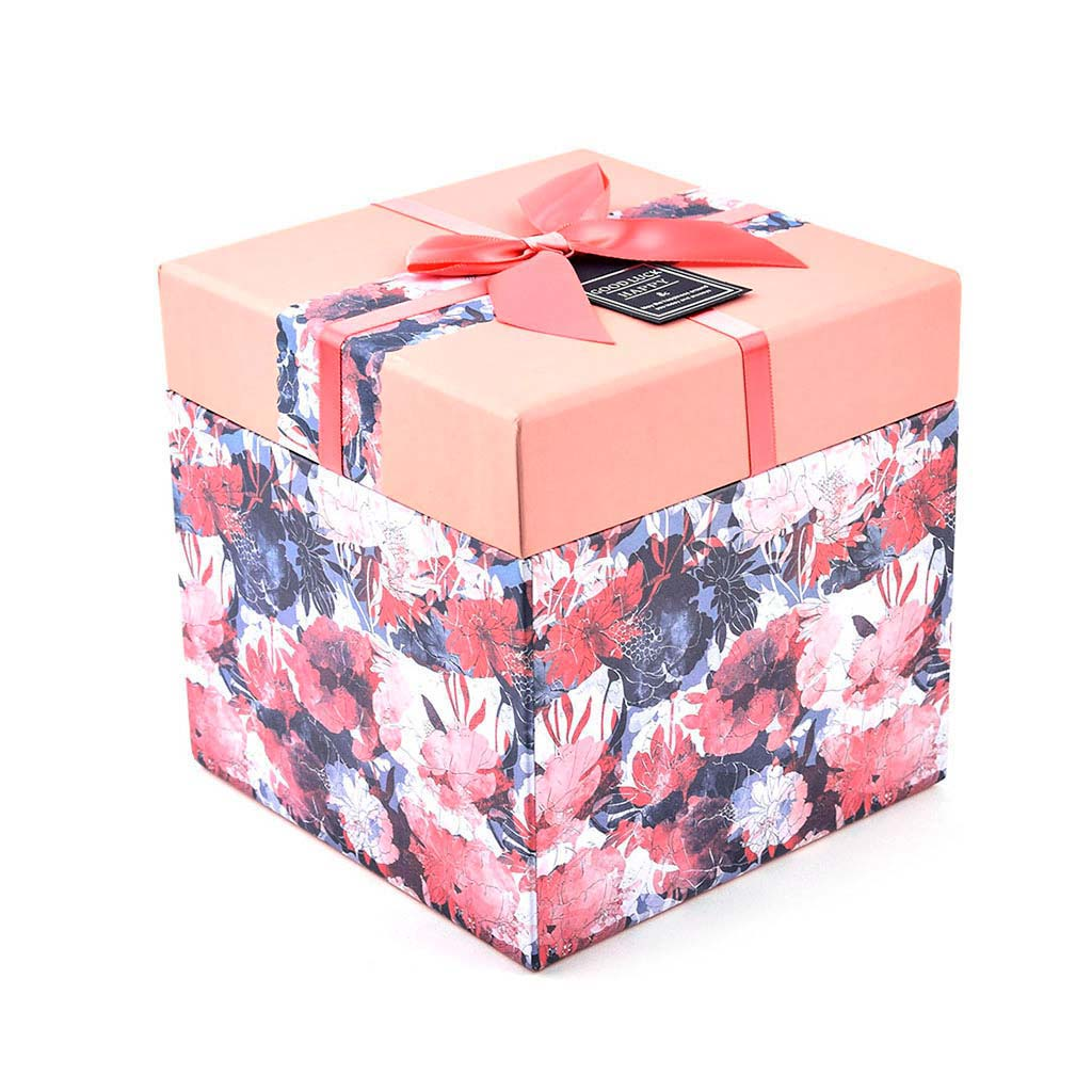 Papierová krabica 9x9x9 cm, broskyňová kvetovaná s mašľou