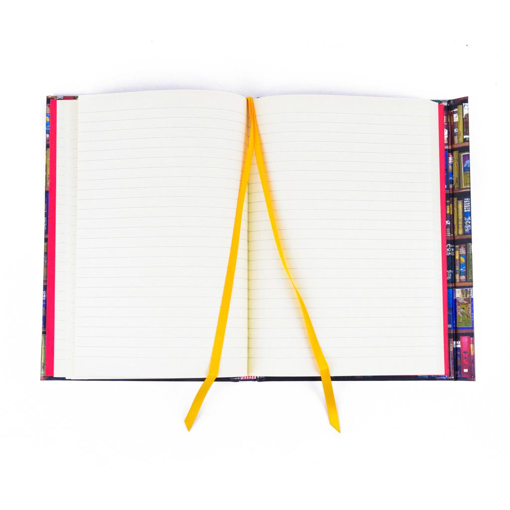 Zápisník A5, s magnetom, linajkový, 176 l. - Knižnica, chlapčenský motív
