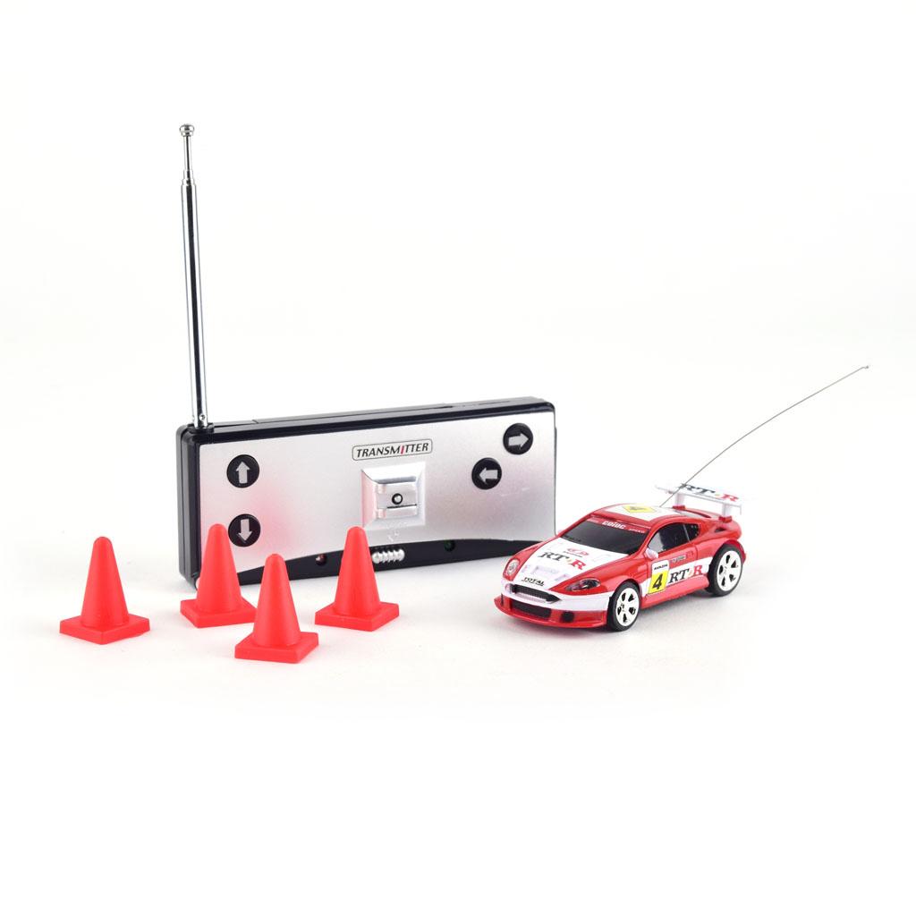 Autíčko na diaľkové ovládanie, mix motívov